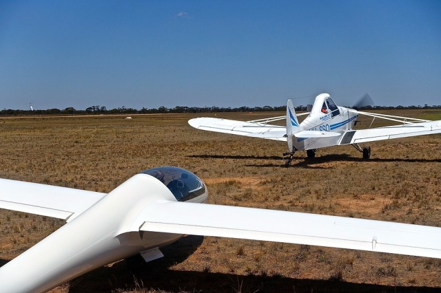glider on tow