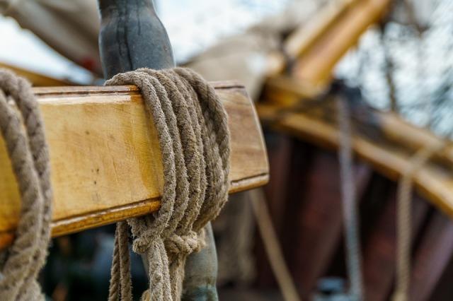 sailing-vessel-2491289_960_720